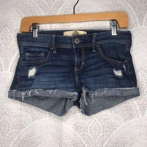 Hollister low rise short shorts